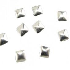 Камъчета тип капси сребърни квадрати, 10 броя