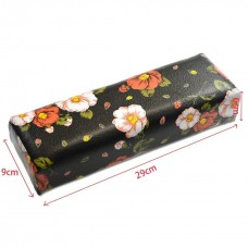 Възглавница с принт на цветя